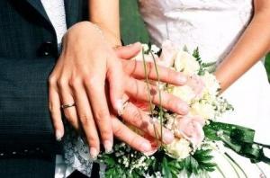 Стали на весільний рушник