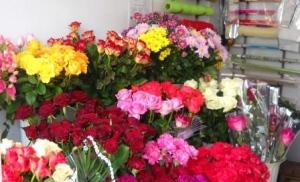 Скільки коштують квіти в Ізюмі