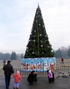 Главные ёлки Северного Донбасса