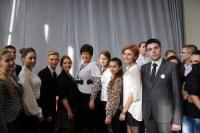 Ізюмські школяри взяли участь у роботі школи молодіжних лідерів