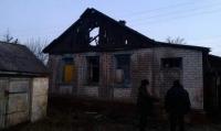 Ізюмський район: рятувальники витягли чоловіка з палаючого будинку