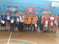 Изюмчане - победители турнира по волейболу среди учащихся школ Харьковской  области