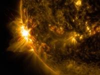 В среду на Солнце произошли несколько мощных вспышек