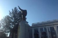 В Харькове разбили три памятника Ленину