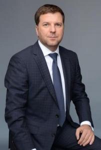 Олег Лущик выходит на второе место в избирательной гонке