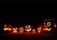 Вырезанные тыквы и костюмы чудовищ. Сегодня празднуют Хэллоуин