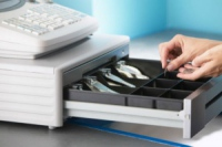 Верховная Рада разрешила не устанавливать кассовые аппараты при доходе меньше миллиона