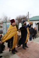 В Свято-Крестовоздвиженский храм прибыла частица мощей святителя Николая