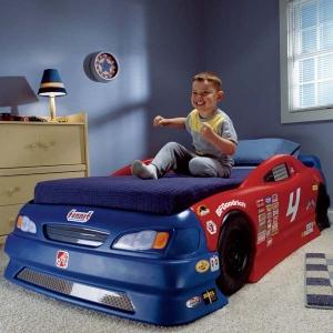Як вибрати ліжко-машину? Поради спеціаліста.