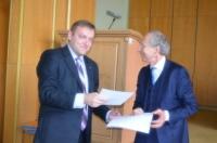 Изюм подписал соглашение о сотрудничестве с Ассоциацией муниципалитетов Голландии