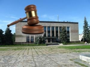 Депутата Ізюмської міської ради визнано винним у корупції