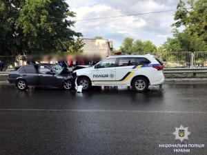 В Ізюмі з'ясовують обставини ДТП за участю службового транспорту